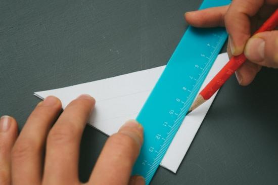Объемные снежинки из бумаги (24)