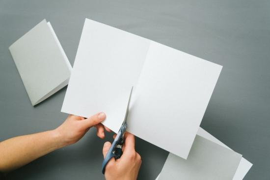 Объемные снежинки из бумаги (32)