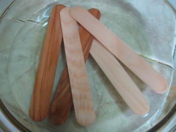Браслеты из палочек от мороженого (3)