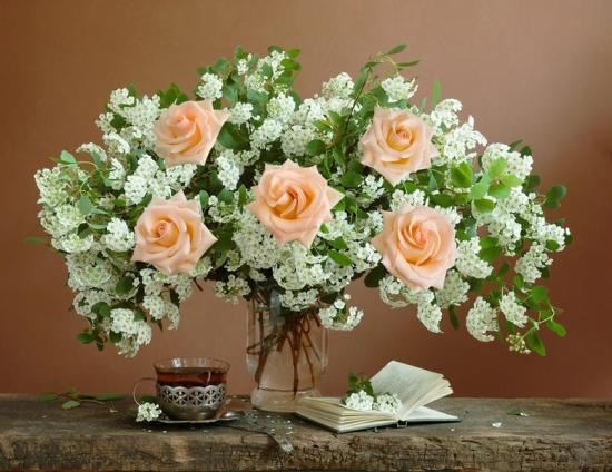 Стихи про цветы в вазе 1
