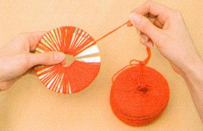 Цветы из ниток одуванчики (4)
