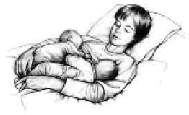 Одновременное кормление двойни грудью