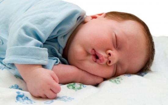 Как уложить ребенка спать быстро